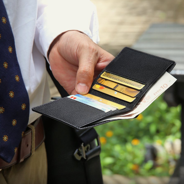 Компактный мужской кошелёк