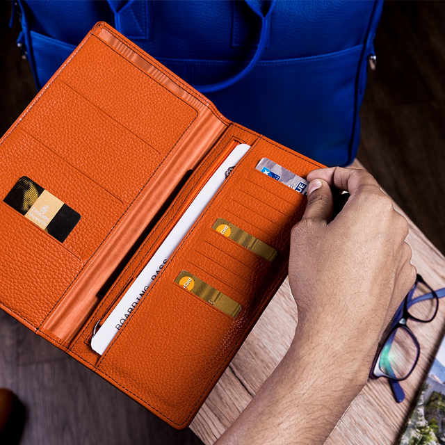 Бумажник для поездок