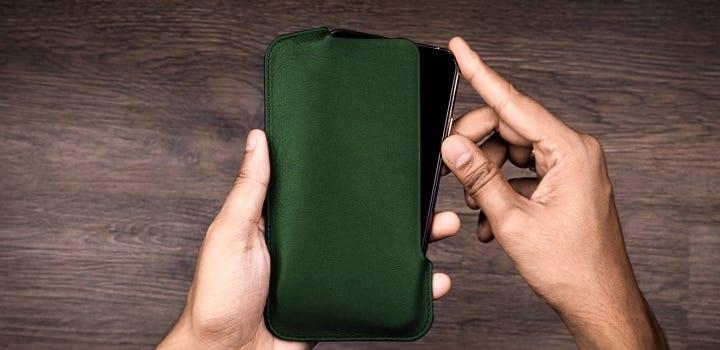 Чехол для IPhone 11 Pro Max - Тёмно-зелёный - Гладкая кожа